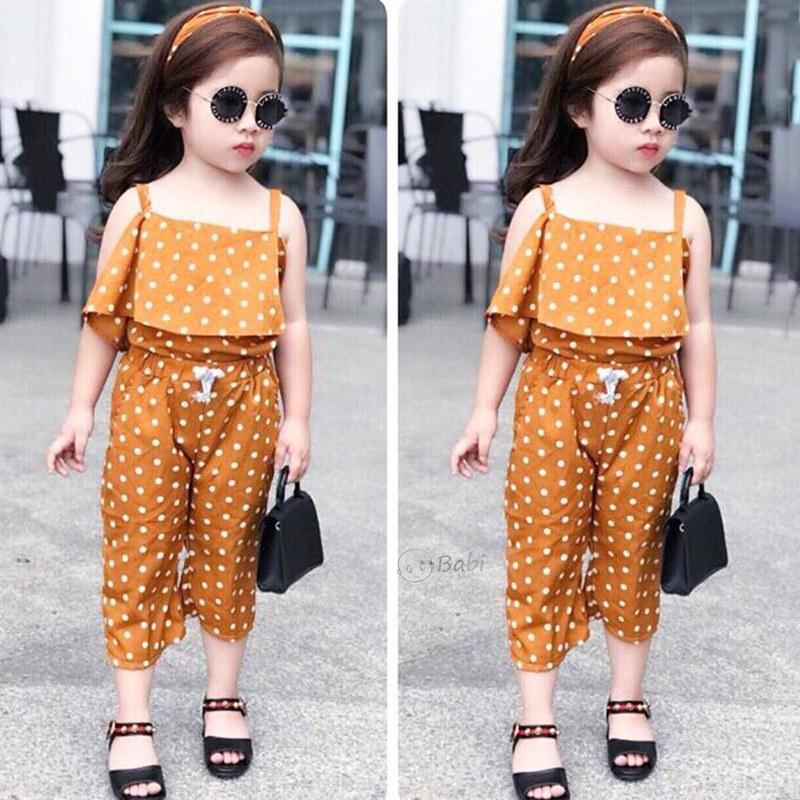 Cách chọn quần áo đẹp cho bé gái