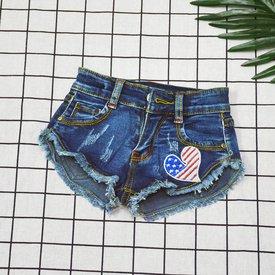 Quan short jeans theu trai tim cho be gai ca tinh