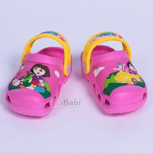 Giay crocs be gai hinh Dora