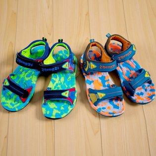 Giay sandal be trai may duong zigzac