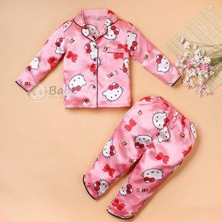 Bo pijama dai tay nhieu hoa tiet de thuong cho be
