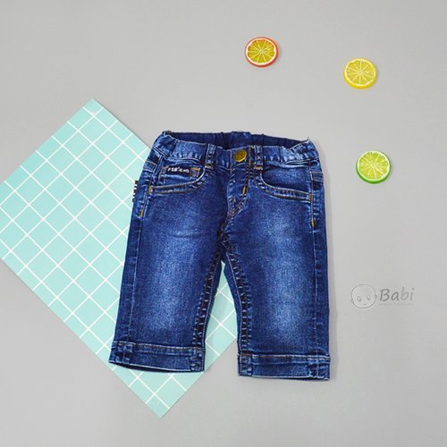 Quan jeans lung be trai PSB lat lai tui nho phia truoc