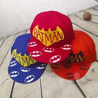 Non HipHop cho be trai hinh Batman